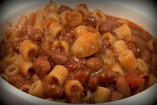 Pasta e fagioli alla veneta:uno dei must dei nostri menù per la pensione completa a Jesolo